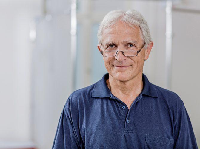 Dr. Thomas Rieder